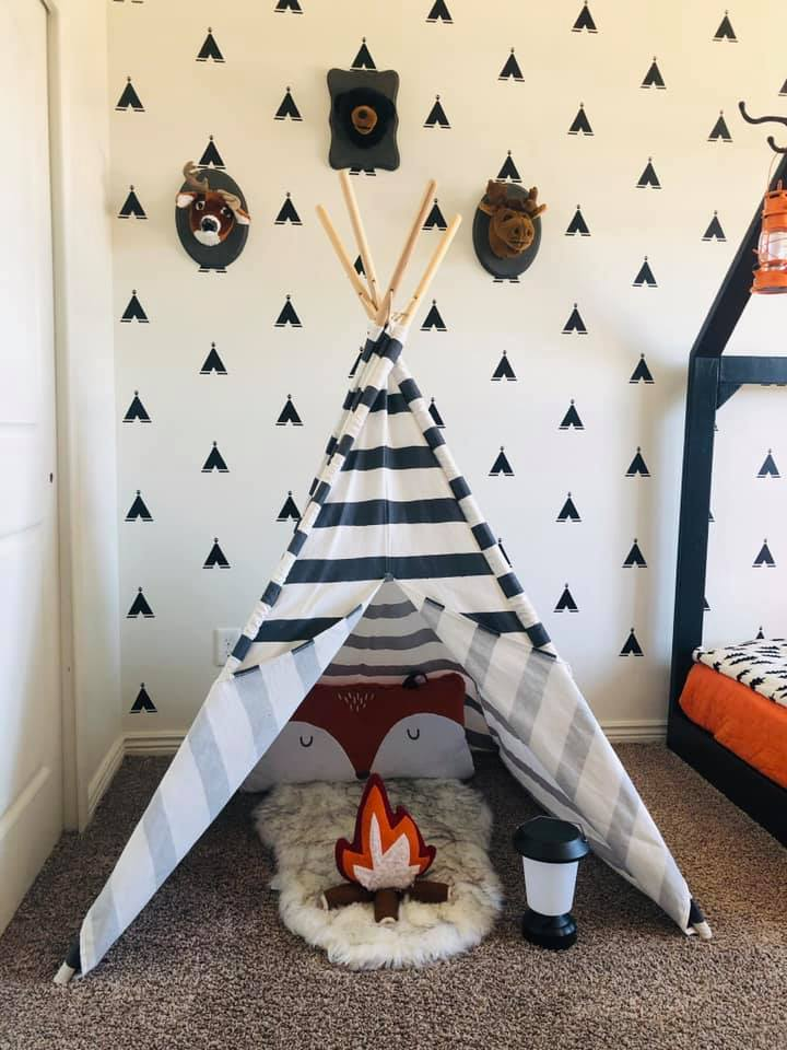 camping themed room for little boys