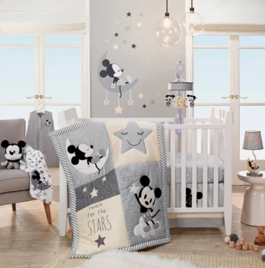 Mickey Mouse 4 pc Nursery Bedding Set