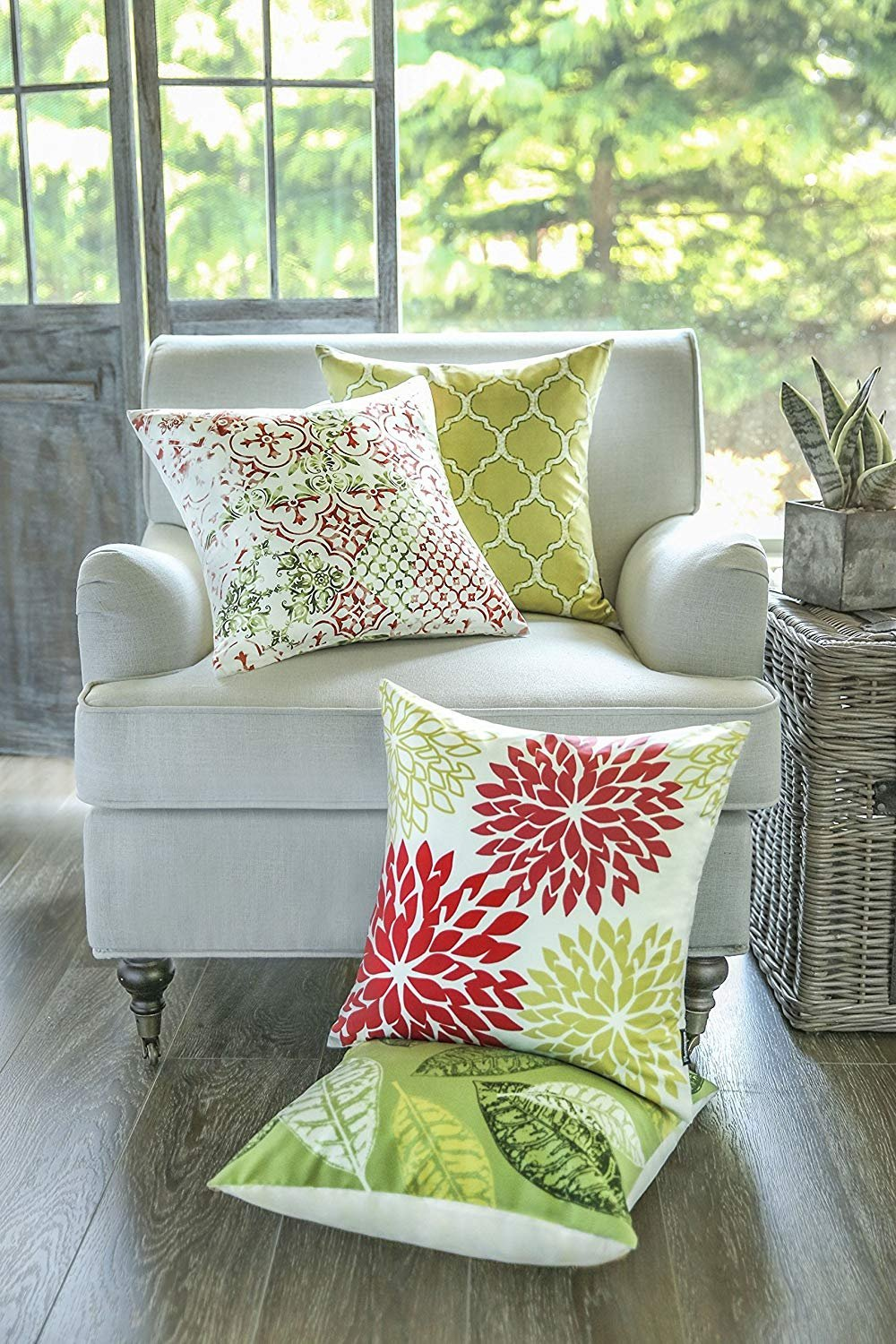 Phantoscope Set of 4 New Living Yellow and Green Decorative Throw Pillow Case